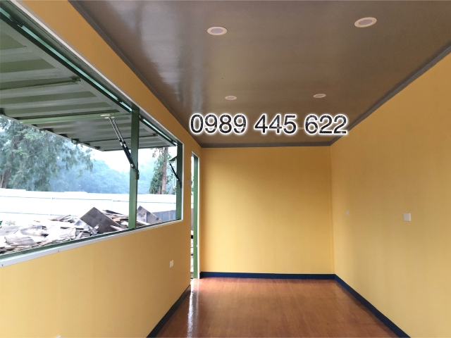 trong container cafe