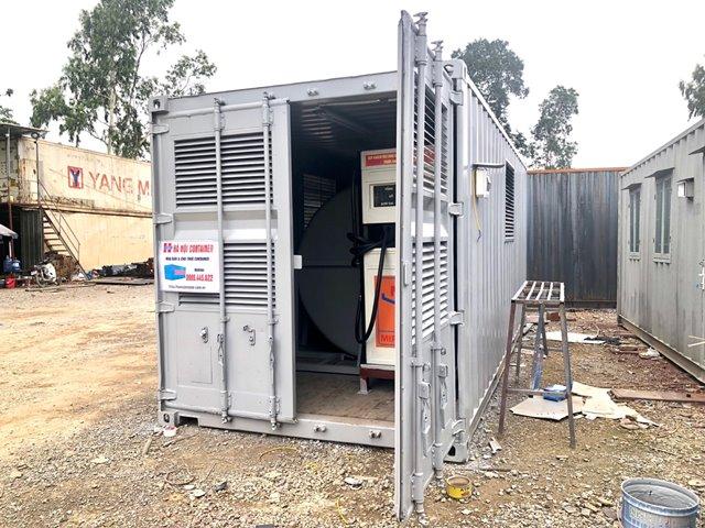 container chứa máy bơm nhiên liệu